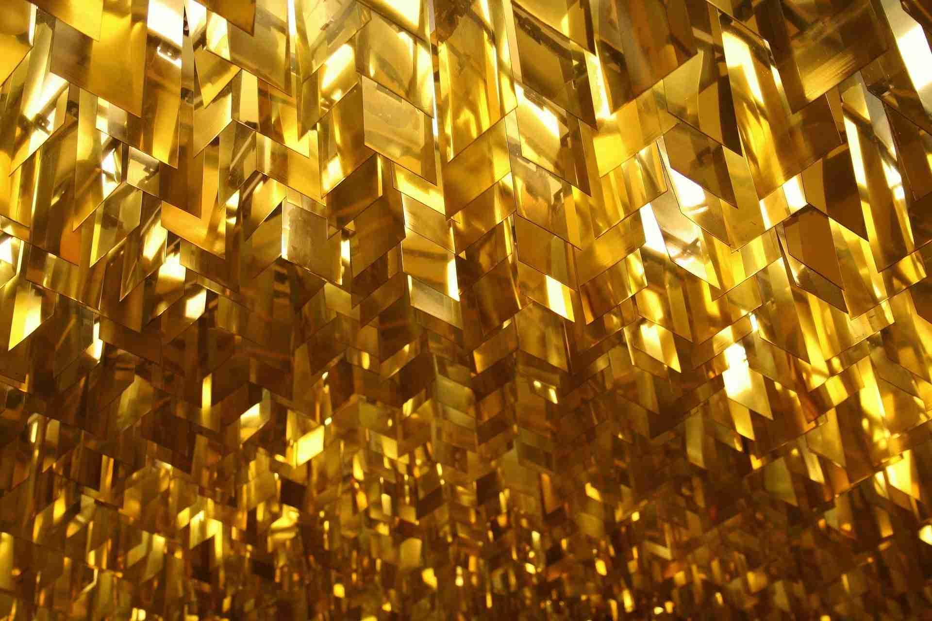 ceiling 2639360 1920